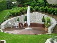 Unique Gabion Wall Garden design - Decorate Your Home Sloped Yard, Sloped Backyard, Backyard Patio, Hillside Landscaping, Modern Landscaping, Back Gardens, Outdoor Gardens, Backyard Retaining Walls, Low Maintenance Garden