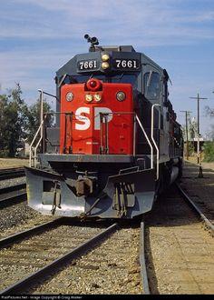 Foto RailPictures.Net: SP 7661 Southern Pacific Railroad EMD GP40-2 em Beaumont, Califórnia por Craig Walker