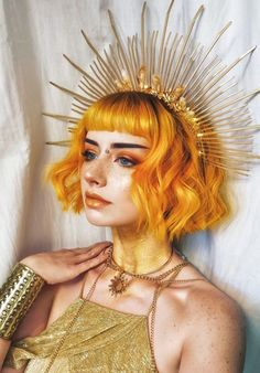 Editorial Art - Orange Hair and Gold Everything. Makeup Art, Hair Art, Costume Art, Editorial Art - Make Up Ideen - Photo Reference, Drawing Reference, Female Reference, Hair Reference, Character Reference, Makeup Art, Hair Makeup, Crown Makeup, Men Makeup
