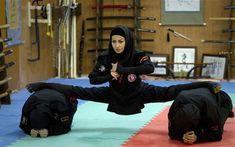 Una de las demostraciones de flexibilidad de los Ninjas.