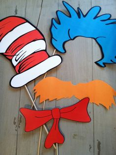 Deluxe Set of Dr Seuss Inspired Cat in The Hat Photo Booth Party Props Cat-sessorize! Dr Seuss Party Ideas, Dr Seuss Birthday Party, Twin Birthday, 2nd Birthday Parties, Birthday Ideas, Dr. Seuss, Dr Seuss Day, Photo Booth Party Props, Photo Props