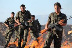 Kurdish YPG Fighters Syrian Civil War, The Kurds, Female Soldier, Kurdistan, Middle East, Places To Visit, Guns, Military, Fire