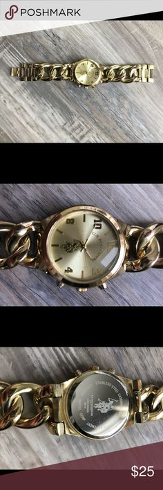 Ralph Lauren watch Ralph Lauren watch with some wear and tear pictured. Make me an offer! Polo Watches, Bracelet Watch, Shop My, Ralph Lauren, Best Deals, How To Wear, Closet, Accessories, Armoire