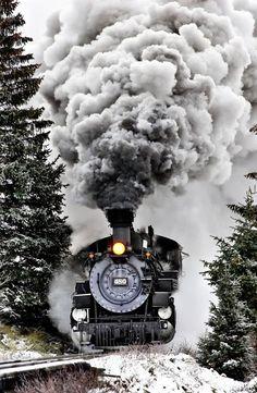 Winter Train by ~Joy-Kelberwitz