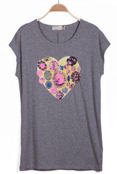 #SheInside Grey Short Sleeve Bead Heart Print T-Shirt - Sheinside.com