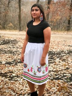 Native American Fashion, Clothing, Jewelry, and Accessories Native American Clothing, Native American Fashion, American Indians, Traditional Skirts, Traditional Outfits, Shirt Skirt, Dress Skirt, Jingle Dress, Ribbon Skirts