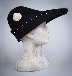 Pilgrims medieval hat