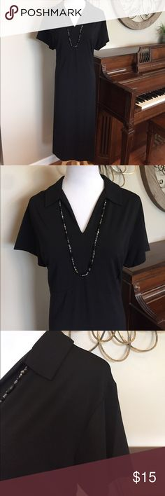 Lands' End Size 1X Black Collared Dress Excellent Condition by Lands End - Size 1X - Polyester & Spandex Lands' End Dresses Midi