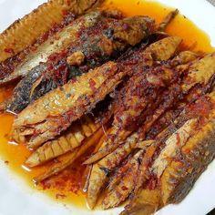 Raw Food Recipes, Fish Recipes, Seafood Recipes, Asian Recipes, Cooking Recipes, Indonesian Food Traditional, Indonesian Cuisine, Indonesian Recipes, Seafood Dishes