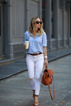 Soho Summer // Fashion Look by Brooklyn Blonde Mode Outfits, Jean Outfits, Casual Outfits, Fashion Outfits, Womens Fashion, White Pants Outfit, Denim Outfit, Brooklyn Blonde, Mode Jeans