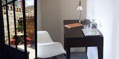 Côté Verrière - FOUR MAISON D'HOTES quercy blanc Four, Office Desk, How To Plan, Furniture, Home Decor, White People, House, Desk Office, Decoration Home