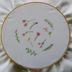 Simply ...(^.^)... #embroidery #embroideryart #handembroidery #art #handmade #needlework #diy #craft #handicraft #stitching #embroideryfloss  #needlecraft #hobby #idea #stitch