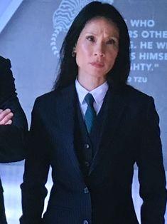 Lawyer Fashion, Fashion Tv, Tomboy Fashion, Lucy Liu Elementary, Elementary My Dear Watson, Women Ties, Suits For Women, Sexy Women, Business Outfits