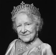 Beautiful portrait of Queen Elizabeth, the Queen Mother.  Her engagement with the camera is just perfect.  Love her eyes and smile.