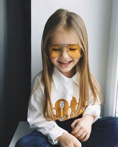 Little Kid Fashion, Baby Girl Fashion, Toddler Fashion, Kids Fashion, Little Girl Pictures, Baby Pictures, Beautiful Little Girls, Cute Little Baby, Cute Baby Girl Outfits