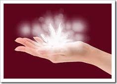 Los mejores sanadores son discretos en su trabajo. Ellos sellaron el ego y dejan al corazón fluir en sereno amor.El tacto de sus manos es cálido y generoso. Tienen manos de Luz!En la parte superior de su cabeza se derrama la Sabiduría Celestial...Y al mismo tiempo, la vitalidad de la ...