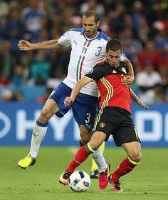 #EURO2016 Italy v Belgium | Giorgio Chiellini takes the punishment of a booking for holding back Hazard.