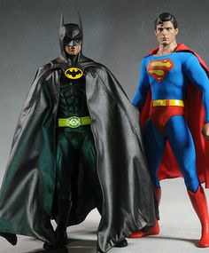 Batman 1989 Keaton sixth scale action figure by Hot Toys Batman Vs Superman, Batman Comics, Keaton Batman, Dc Comics Collection, Image Review, Batman Action Figures, Christopher Reeve, Michael Keaton, Cool Outfits