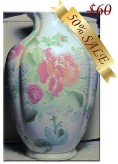 Off Sale Beautiful Vintage Mid Century Oriental Decorator Vase Vintage Shops, Vintage Antiques, Vintage Items, Vases Decor, Decorating Vases, Porcelain Ceramics, Flower Vases, Ultra Violet, Flower Patterns