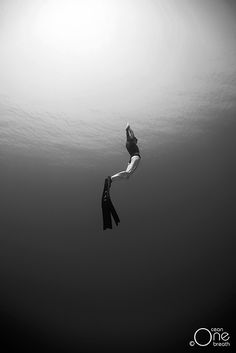 Freediving - Photo taken on one breath by Eusebio Saenz- alway been amazed by this sport, defo mind control at its best !!