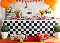 Festinha: tema carrinhos de corrida