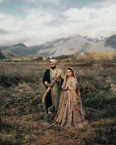 Looking for extraordinary wedding photo inspiration? Then you have to check out this gorgeous Vancouver Wedding with the bride in stunning wedding outfits. Sikh Wedding, Wedding Wear, Punjabi Wedding, Bollywood Wedding, Indian Wedding Couple Photography, Wedding Photography Poses, Couple Wedding Dress, Wedding Couples, Wedding Dresses
