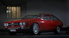 This Is An Alfa Romeo Fit For A Futuristic Fine Artist - Petrolicious