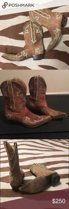 "Old Gringo Leather Boots Silver Studs Gorgeous Old Gringo Leather Boots Worn just 2-3 times Tan leather with  lighter tan embellishments and silver studs Shaft measures 9.5"" tall and heel is about 1.5"" Old Gringo Shoes"