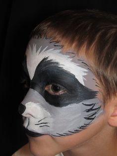 Raccoon for a Snow White play Raccoon Makeup, Animal Makeup, Scary Halloween, Halloween Ideas, Halloween Costumes, Halloween Face Makeup, Raccoon Costume, Makeup Class, Theatre Costumes