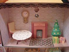 Dollhouse dining room diy