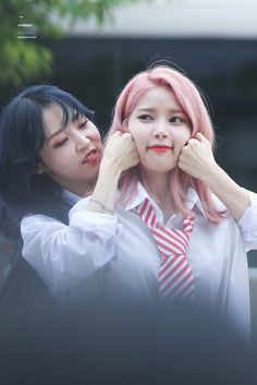 Read Introducción from the story ✩ 🎀 𝒮𝒽𝒾𝓅𝓅𝓈 𝒹𝑒𝓁 𝓀𝓅🍪𝓅 🎀 ✩ by yunxnie (★ 🎀 𝐵𝑒𝓇𝓉𝒾𝓉𝒶 🎀 ★) with reads. ships, redvelvet, twice.