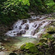 【junya_5501】さんのInstagramをピンしています。 《山梨県 北杜市 石空川渓谷 川に当たる日差しが美しかったです♪ #滝巡り #滝  #渓谷 #渓流  #水 #綺麗  #山 #山登り  #森 #美しい  #自然#川#好き #癒やし #大好き  #一眼レフ #ペンタックス  #waterfalls #Waterfall  #river #ravine  #mountain #forest  #nature #beautiful #love  #mystic #camera》