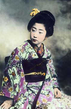 Japan, portrait of a young Geisha, image date: circa Carl Simon Archive Hand Coloring, Geisha, Faces, Portraits, Japanese, Ceramics, Photography, Image, Ceramica