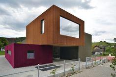 Kindergarten im Kanton Zürich / Rundlauf im Farbtupf - Architektur und Architekten - News / Meldungen / Nachrichten - BauNetz.de