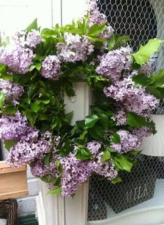 If I were rich I would figure out a way to have lilacs around every day. I love them!!