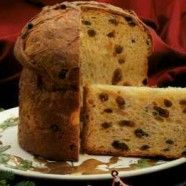 Panettone (in the Bread Machine)- with raisins and more eggs