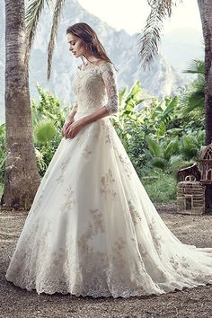 Wedding gown by Eddy K (Style Messina).