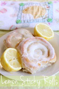 {Dessert Now, Dinner Later!} Lemon Sticky Rolls- soft & fluffy lemon rolls with sticky lemon-sugar filling & a light cream cheese glaze. Köstliche Desserts, Lemon Desserts, Lemon Recipes, Sweet Recipes, Delicious Desserts, Dessert Recipes, Yummy Food, Lemon Cakes, Sticky Rolls