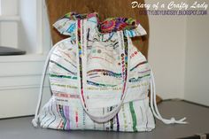 Diary of a Crafty Lady: Selvage Edge Fabric into Drawstring Tote Bag