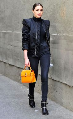 Accessory Queen from Olivia Culpo's Street Style Olivia steps out in Los Angeles wearing the Henri Bendel mini uptown satchel. Olivia Culpo, Black Strapless Jumpsuit, Concert Wear, Daily Fashion, Fashion Beauty, Fashion Pictures, Couture Fashion, Timeless Fashion, Celebrity Style