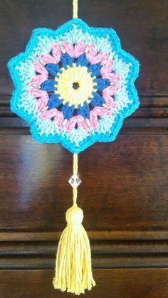 Crochet Gifts, Crochet Doilies, Crochet Flowers, Free Crochet, Crochet Motif Patterns, Crochet Designs, Crochet Stitches, Crochet Mandela, Crochet Wall Art