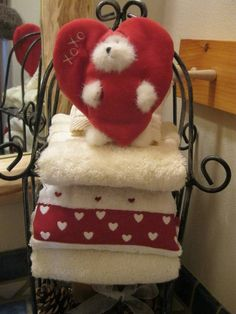 Fashionable White Red Towel With Heart Shape For Your Valentine's Romantic Bathroom Decor Ideas