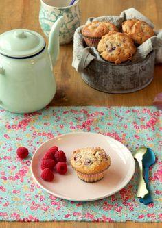 Whole kitchen 12 by sabutos yo - issuu  white chocolate raspberry muffins