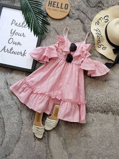 Girls Frock Design, Baby Dress Design, Baby Girl Dress Patterns, Kids Dress Wear, Kids Wear, Outfits Niños, Kids Outfits, Frocks For Girls, Girls Dresses