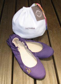 Sapatilha Sarja Violeta! Confira na nossa loja online: http://www.castanna.com.br/pd-a9aa3-sapatilha-sarja-violeta.html?ct=5b361&p=1&s=1