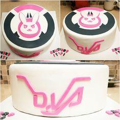 Overwatch D.Va cake