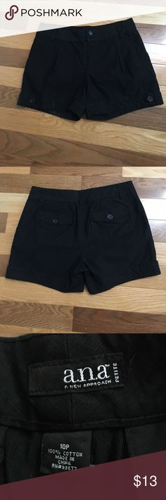 """And Black Shorts Sz 10 New condition dressy shorts. Waist 33."""" Rise 9."""" Inseam 4.5."""" a.n.a Shorts"""