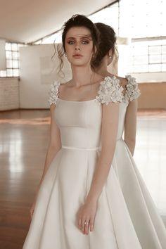 how to press satin wedding dress Civil Wedding Dresses, Dream Wedding Dresses, Bridal Dresses, Wedding Gowns, Prom Dresses, Wedding Knot, Modest Wedding, Elegant Dresses, Beautiful Dresses