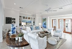 CHIC COASTAL LIVING Proof that beach homes don't have to be cloyingly cottage...