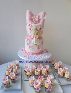 Princess cake with pink flowers